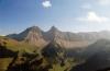 Les montagnes Brenlaire et Folliéran