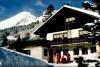 Le Chalet Hermann en hiver au pied des pistes de skis