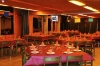 Salle à manger avec 130 places
